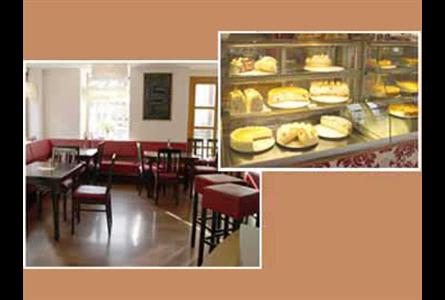 Firma In Dinkelsbuhl Selbstgebackene Kuchen